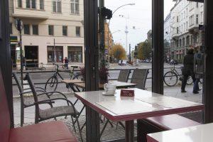 Unser All you can eat Restaurant in Berlin mit Blick auf den Fernsehturm